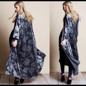 Aluna Levi Jackets & Coats - Velvet Kimono Duster